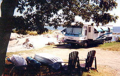 Camping sites cottages apartments Boothbay Harbor Maine